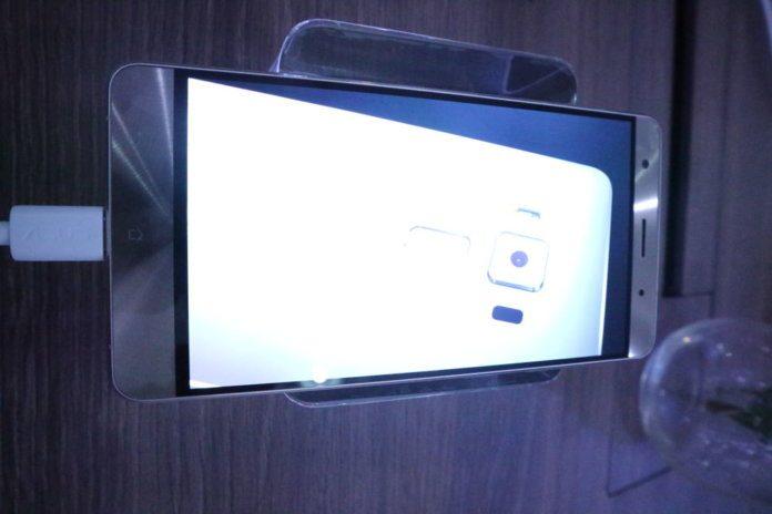 Zenfone 3 Deluxe at Zenvolution
