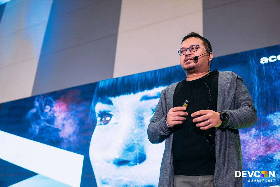 Arvin Yason, Managing Director at Accenture Technology.