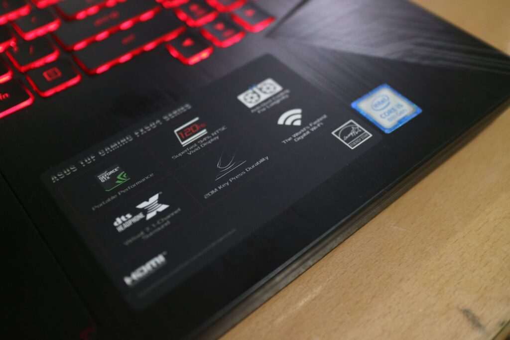 ASUS FX504 Quick Features